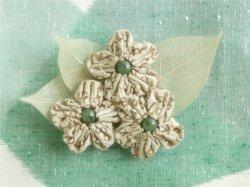 画像1: ふんわりお花の帯留ブローチ