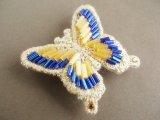 ビーズ刺繍蝶々帯留